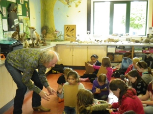Martin Kiszko, the UK's green poet inspires year 5 pupils from Beechwood Junior School at Testwood Lakes