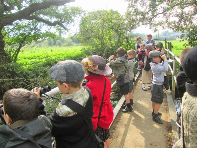 Children discover local WW2 history when evacuated to Testwood Lakes